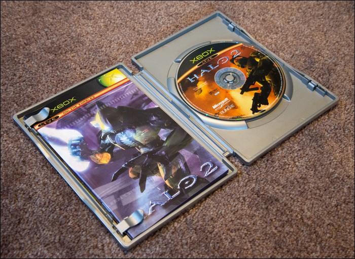 Halo-2-Limited-Collector's-Edition-Open