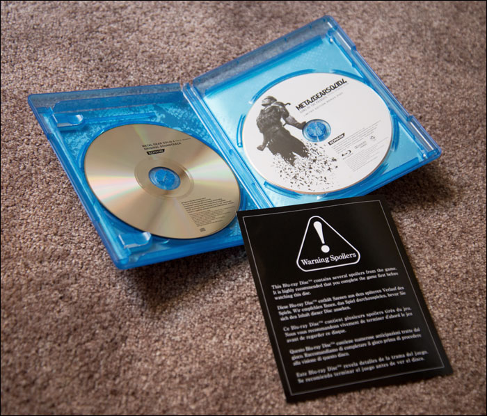 Metal-Gear-Solid-4-Limited-Edition-Bonus-Disc-Open