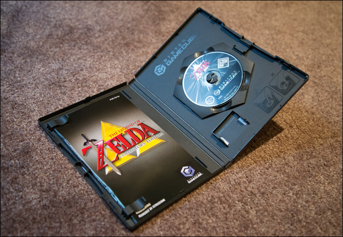 The-Legend-of-Zelda-Collector's-Edition-Inside