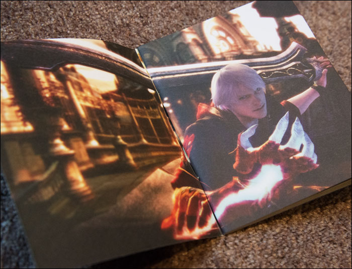 Devil-May-Cry-4-LImited-Edition-Art-Book-Nero