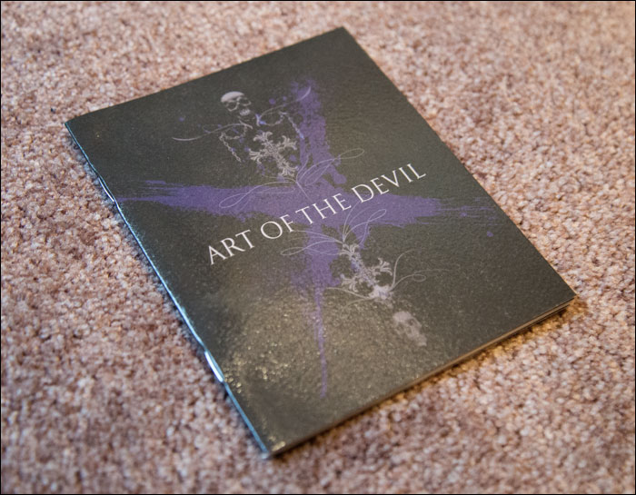 Devil-May-Cry-4-LImited-Edition-Art-Book