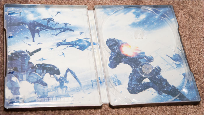 Lost-Planet-Collector's-Edition-Steelbook-Inside