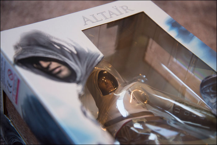 Assassins-Creed-Limited-Edition-Altair-Statue