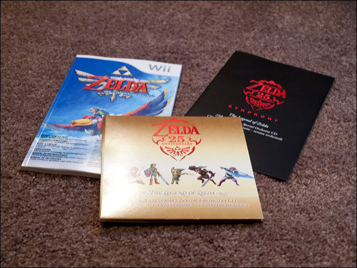 The-Legend-of-Zelda-Skyward-Sword-Limited-Edition-Pack-Extras