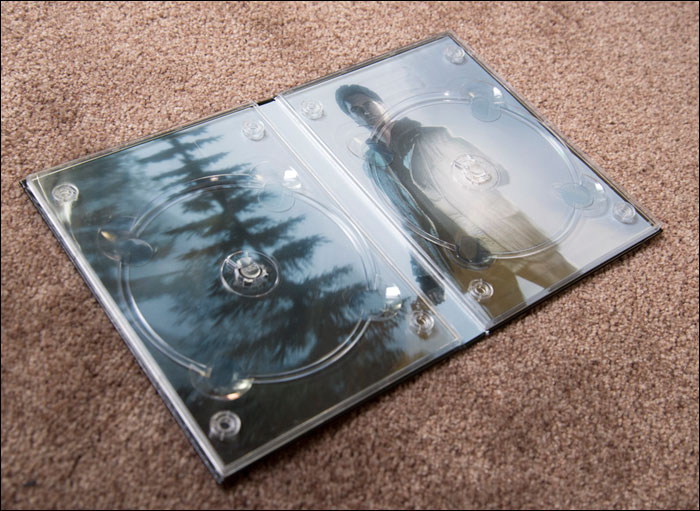 Alan-Wake-Collector's-Edition-Disc-Holder