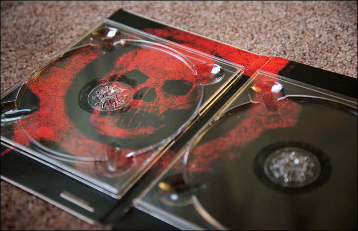 Gears-of-War-Limited-Collector's-Edition-Disc-Holder