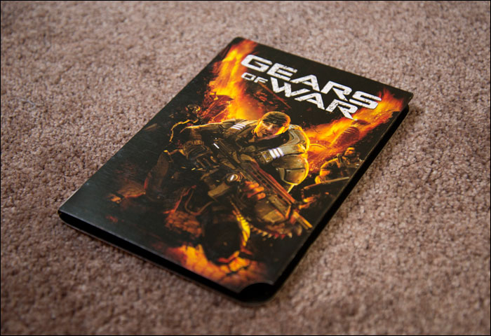 Gears-of-War-Limited-Collector's-Edition-Paper-Case