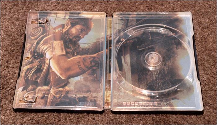 Call-of-Duty-Black-Ops-Prestige-Edition-Tin-Box-Open-Case