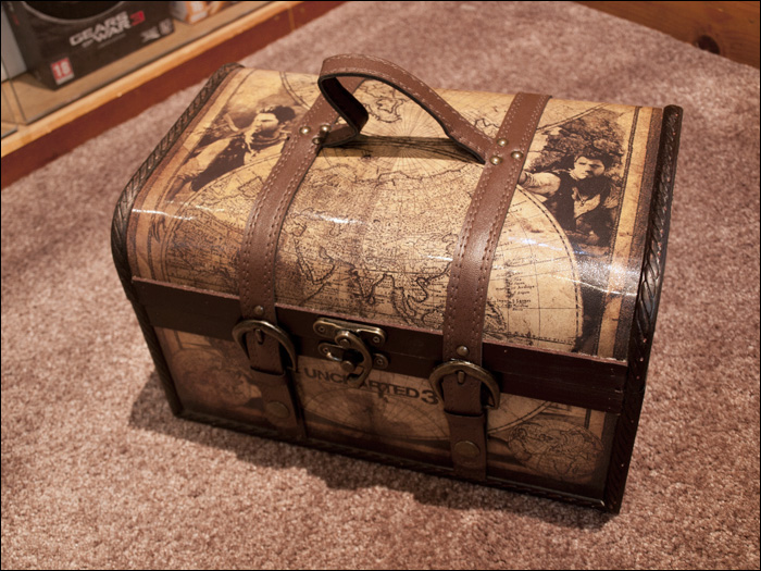 Uncharted-3-Explorer-Edition-Chest