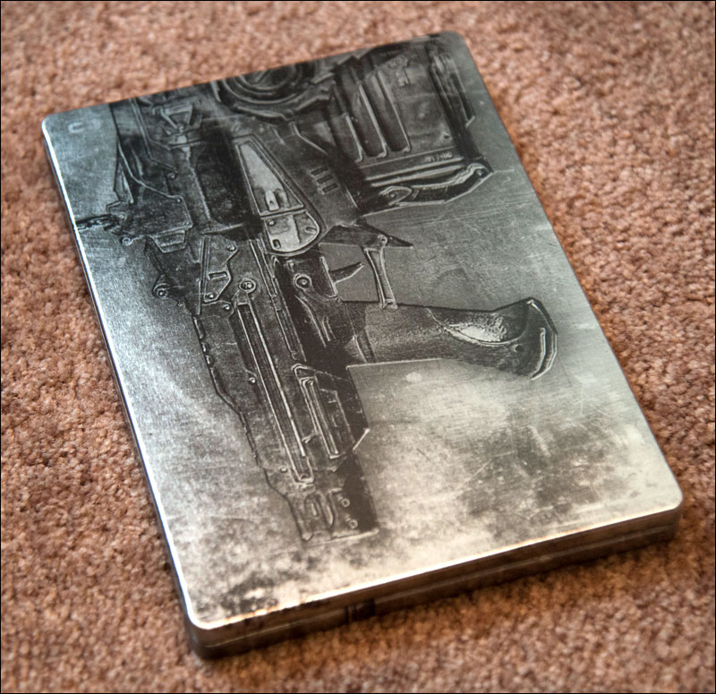 Gears-of-War-2-Limited-Edition-Steelbook