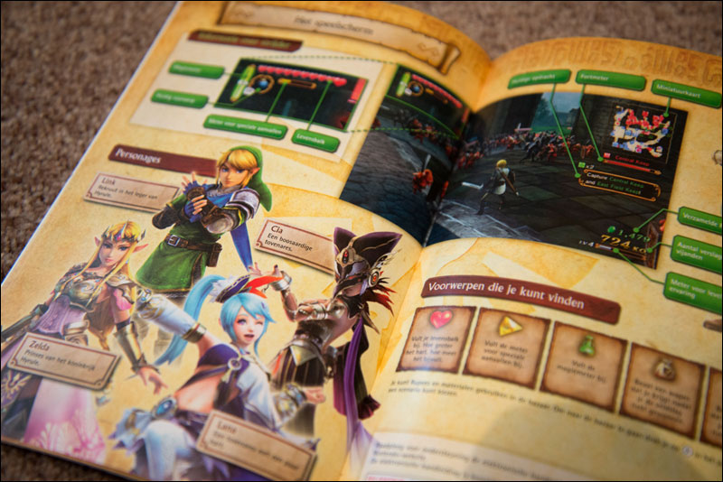 Hyrule-Warriors-Manual-Open