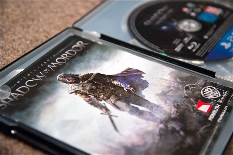 Shadow-of-Mordor-Special-Edition-Metal-Pak-Open