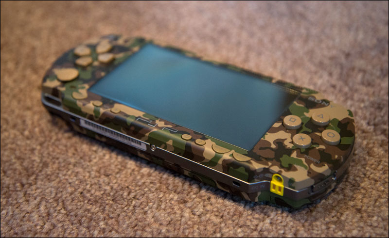 MGS-Portable-Ops-KonamiStyle-Premium-Pack-PSP-Camouflage