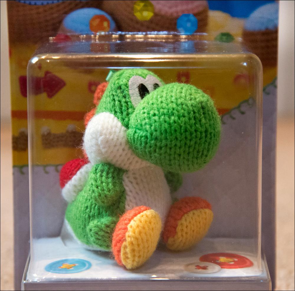 Yoshi's-Woolly-World-Green-Yoshi-Amiibo-2