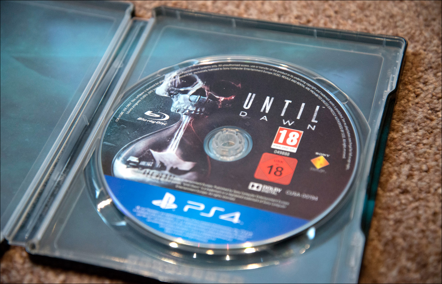 Until-Dawn-Steelbook-Edition-Disc