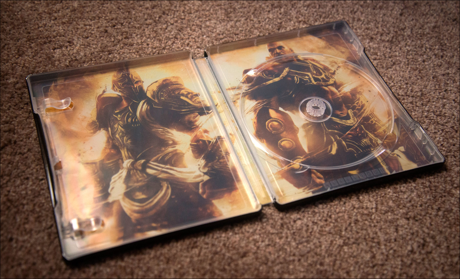 God-of-War-Ascension-Special-Edition-Steelbook-Inside