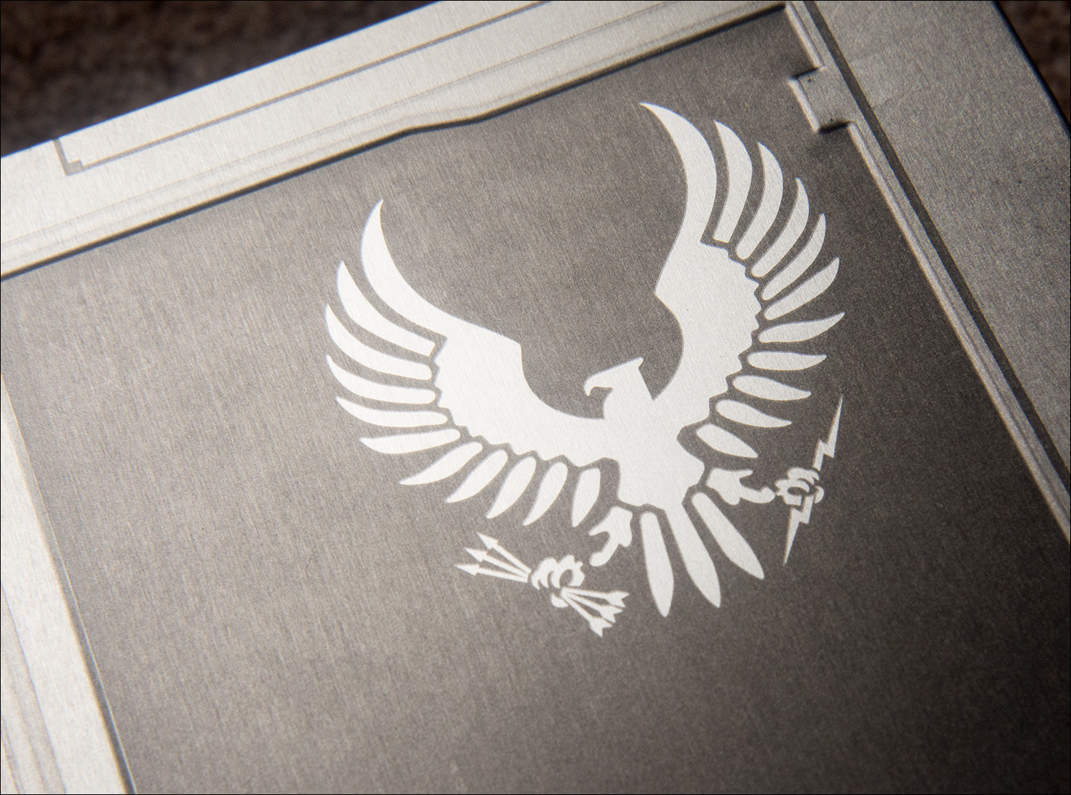Halo-5-Guardians-Limited-Edition-Spartan-Insignia