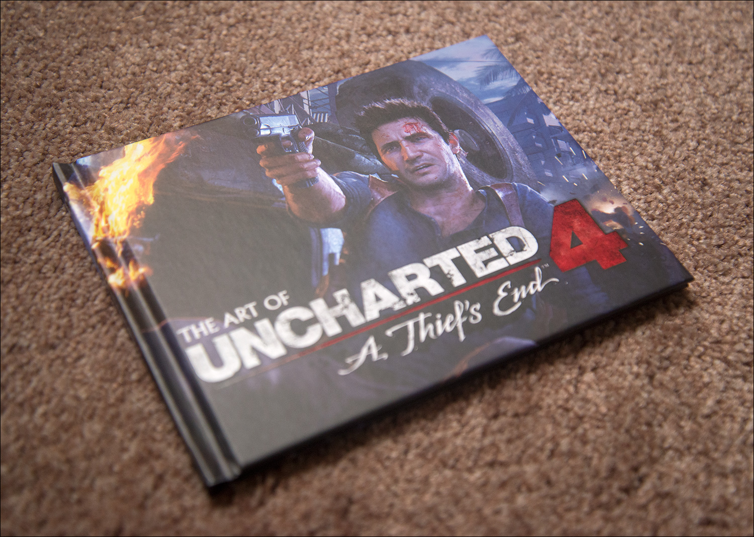 Uncharted-4-Special-Edition-Artbook