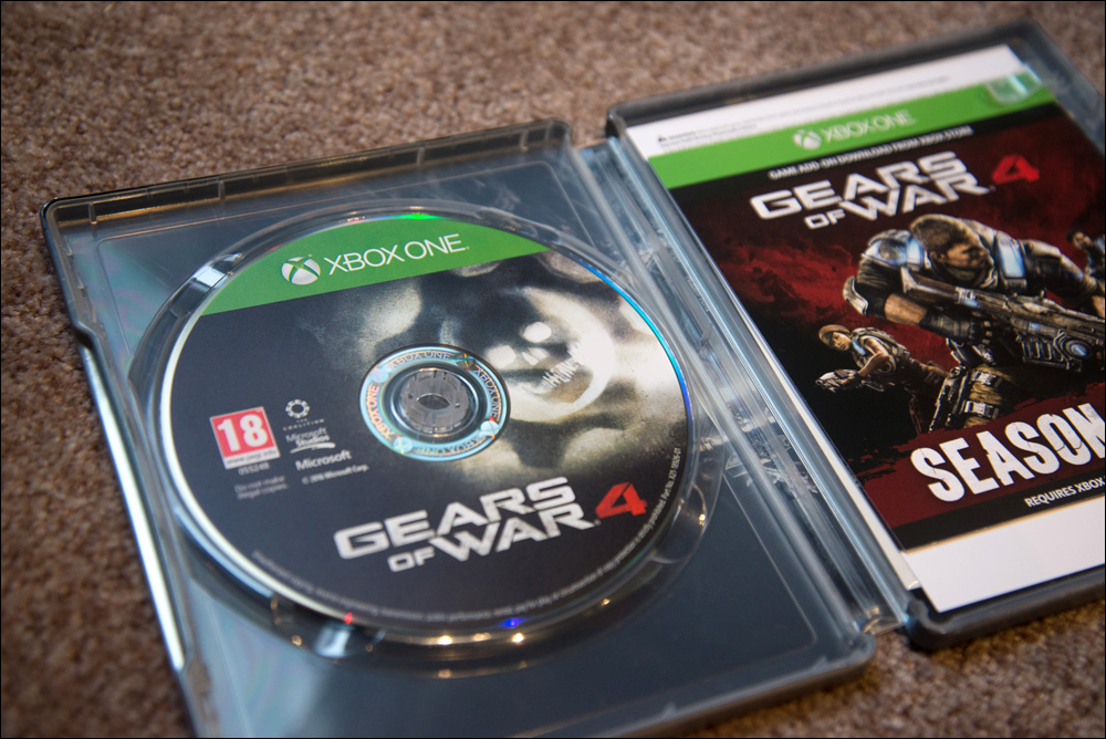 gears-of-war-4-ultimate-edition-disc